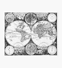 Black and White World Map (1672) Photographic Print