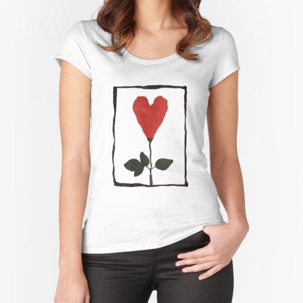 Flower Heart Camiseta entallada de cuello ancho