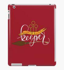 White 'I'm A Keeper' Pun - Red iPad Case/Skin
