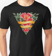 Watercolor flowers in the shape of triangle decorated with ribbon T-Shirt
