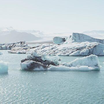 iceland glaciers  by zoemeinke