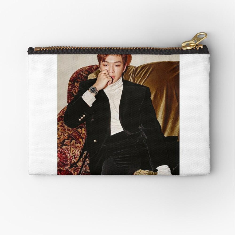 QUIERE UNO x Instyle Korea ft. Kang Daniel (강 다니엘) Bolsos de mano