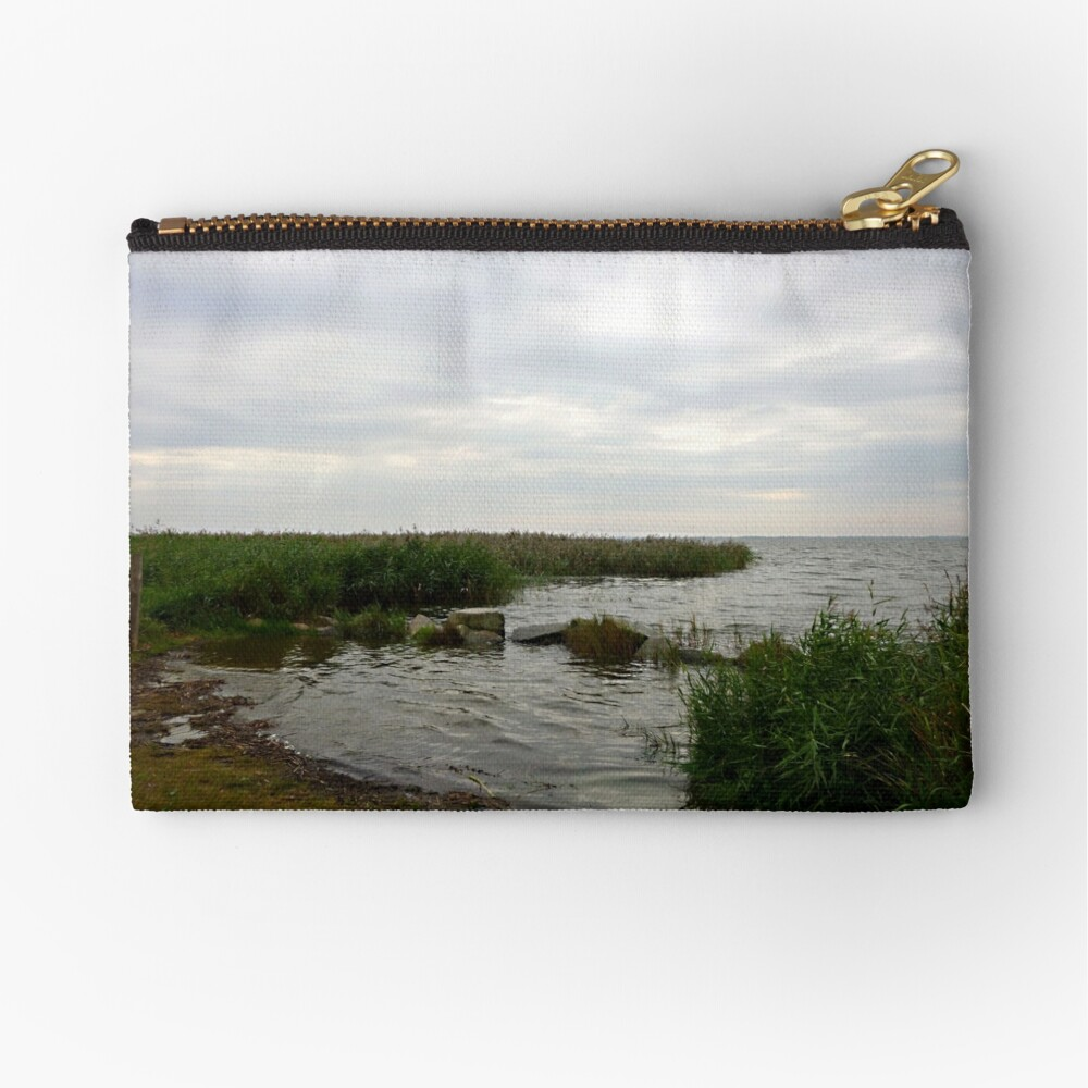 Lunch time at the backwaters Zipper Pouch