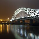 The silver jubilee bridge . by Jon Baxter