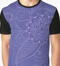 Silence in curves Graphic T-Shirt