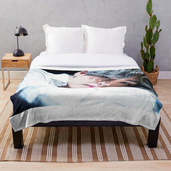 Taehyung Throw Blanket