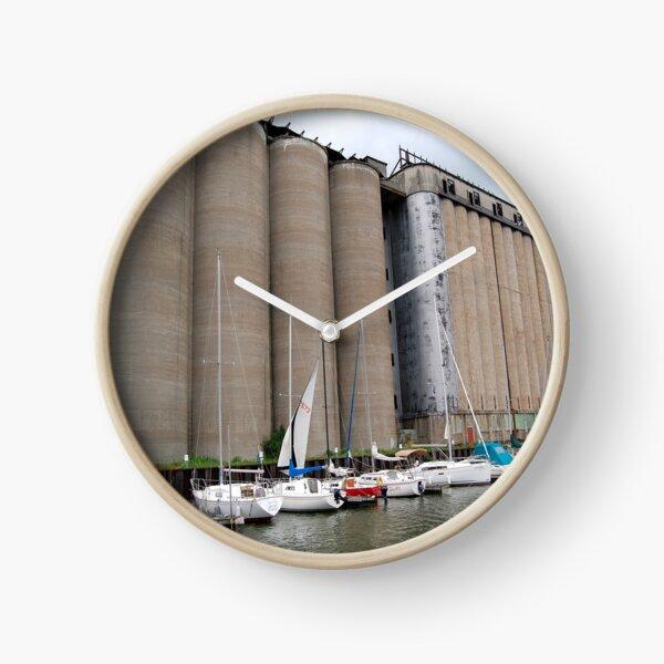 Buffalo Grain for Sail Clock