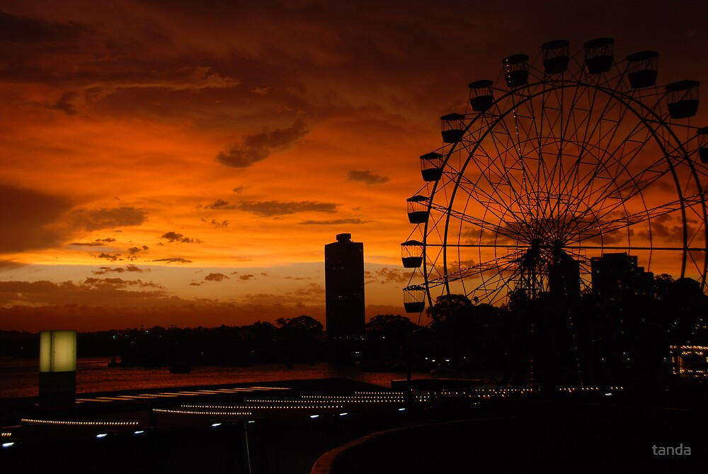 sunset luna park 1 by tanda