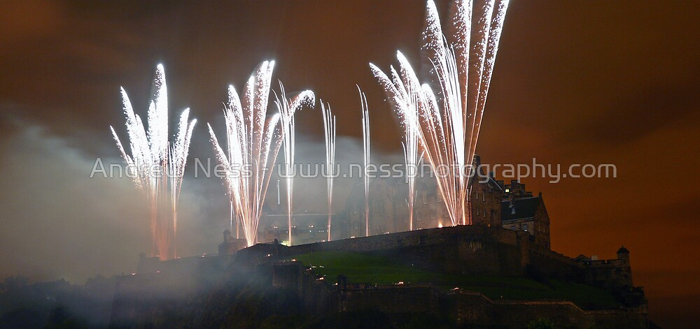 Fireworks from Edinburgh Castle by Andrew Ness - www.nessphotography.com