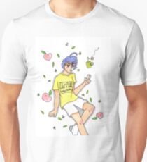 peaches and tea are the best foods for when your sad.  T-Shirt