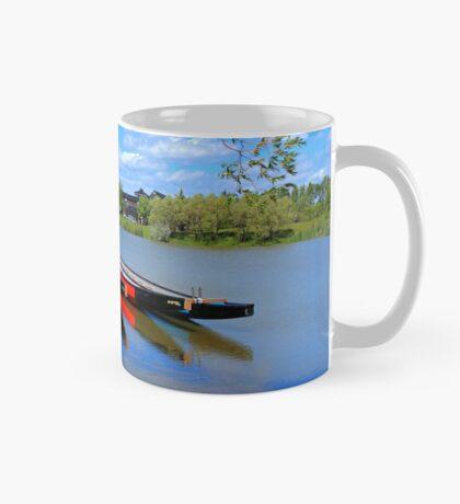 Drag Boats Mug