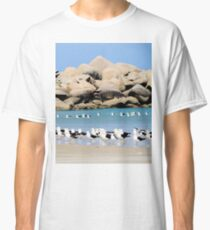 Birds on the beach Classic T-Shirt