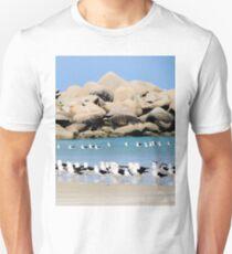 Birds on the beach T-Shirt