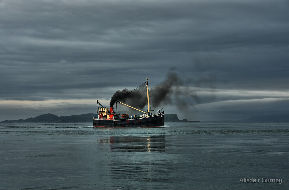 VIC32 Steaming up the Sound of Luing by Alisdair Gurney