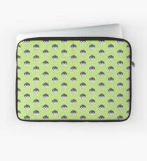 Animinimal Penguin (green) Laptop Sleeve