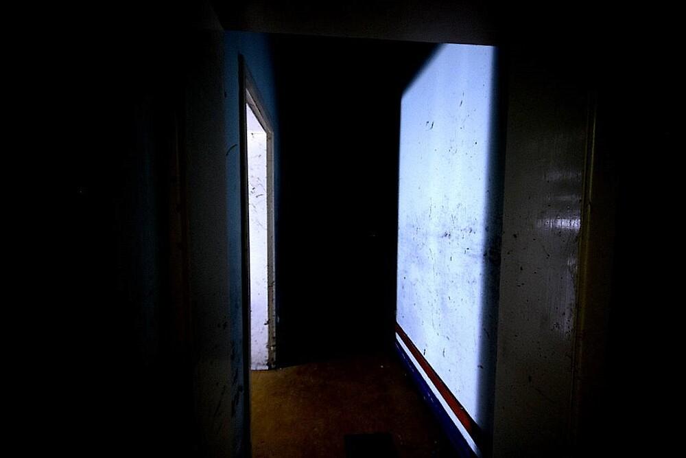 Hallway by ExplorerLoki