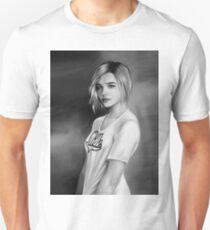 Chloe grace moretz T-Shirt