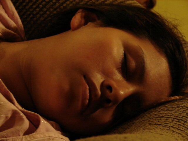 La Cansada Casada Soñando de Casa (The Tired Wife Dreams of Home) by www4gsus