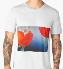 Red tulips in spring Men's Premium T-Shirt