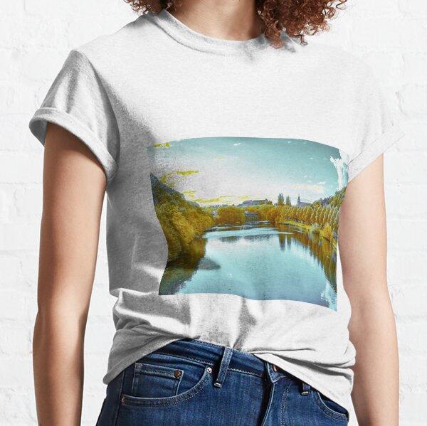 Approaching Tübingen 2 Classic T-Shirt