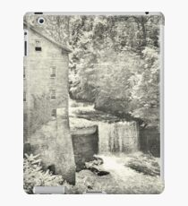 Lanterman's Mill And Falls Black And White iPad Case/Skin