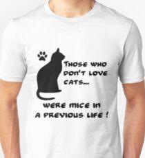 Everyone love cats T-Shirt