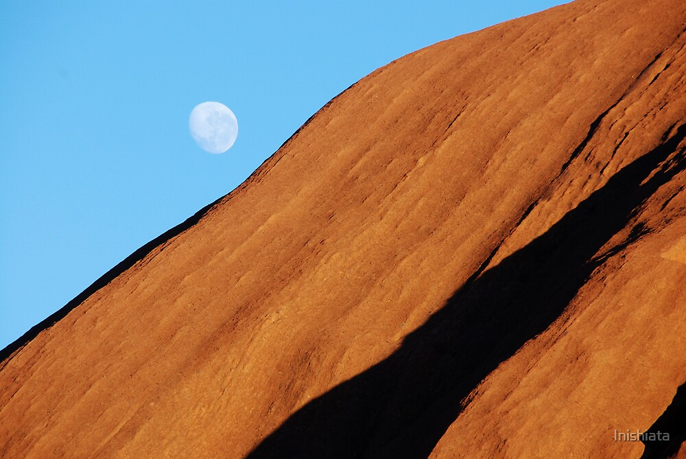 Uluru Moon by Inishiata