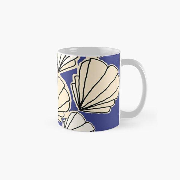 Cream and white seashells Classic Mug