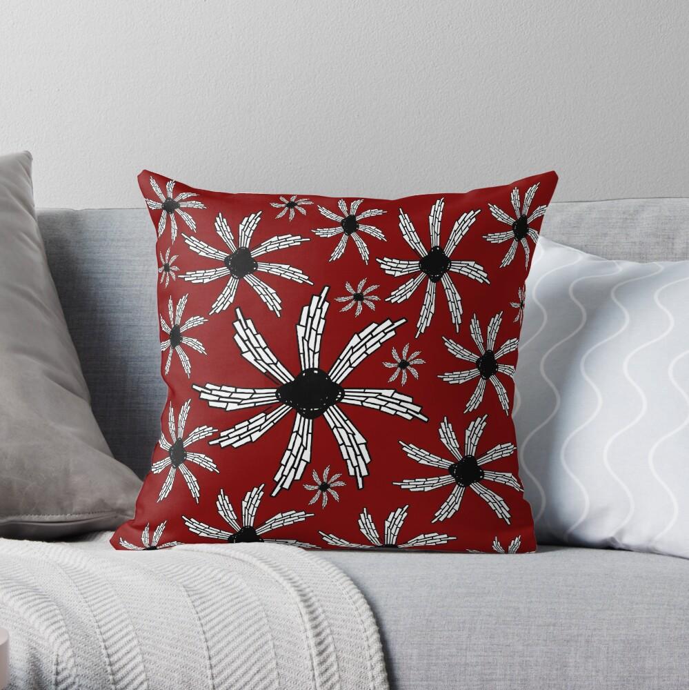 Red wine spiral wind catcher pattern Throw Pillow