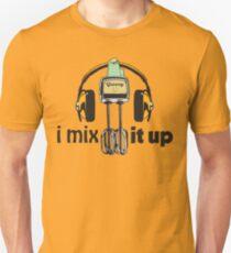 i mix it up Unisex T-Shirt