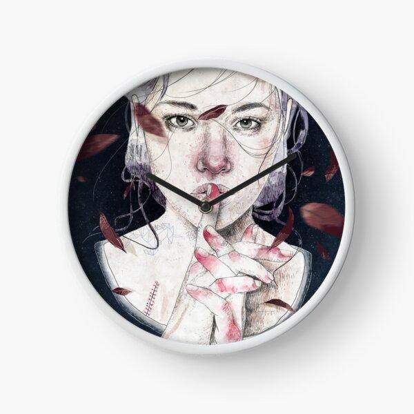 MIRROR by Elenagarnu Clock