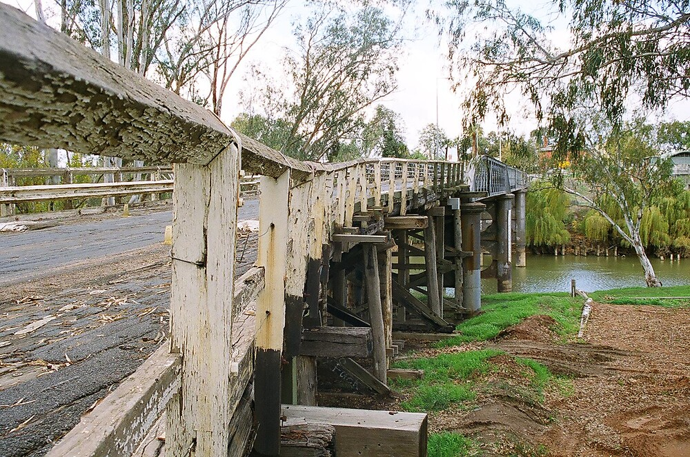 Bridge near Rutherglen Victoria by cahinds
