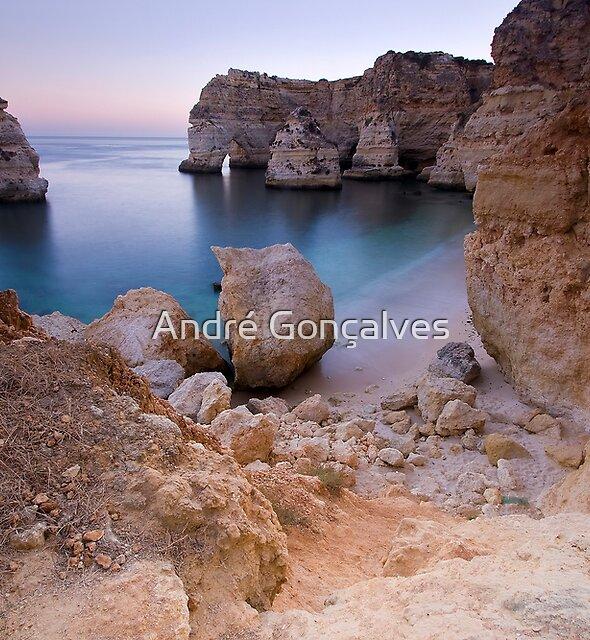 Marinha Beach, Algarve, Portugal by André Gonçalves