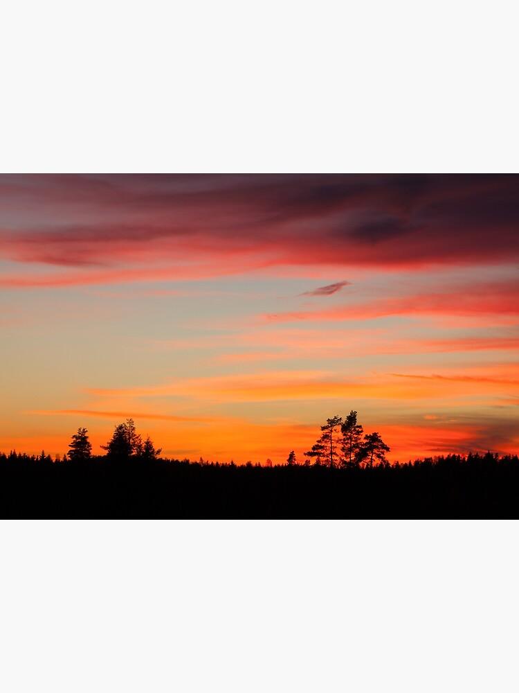 Sunset sky by Juhku
