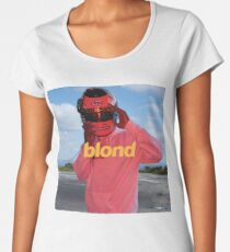 blond(e) Women's Premium T-Shirt