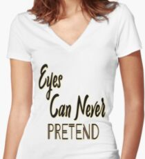 Women's Relaxed Fit T-Shirt  Women's Fitted V-Neck T-Shirt