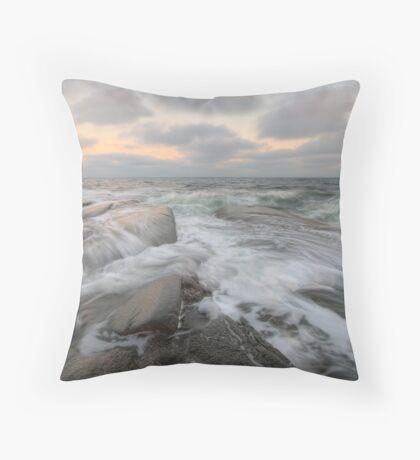 (e)motional sea Throw Pillow