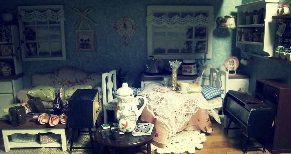 abandonded dollhouse by snowwhitegirl