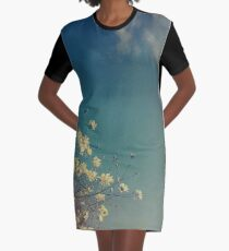 Kopf in den Wolken T-Shirt Kleid