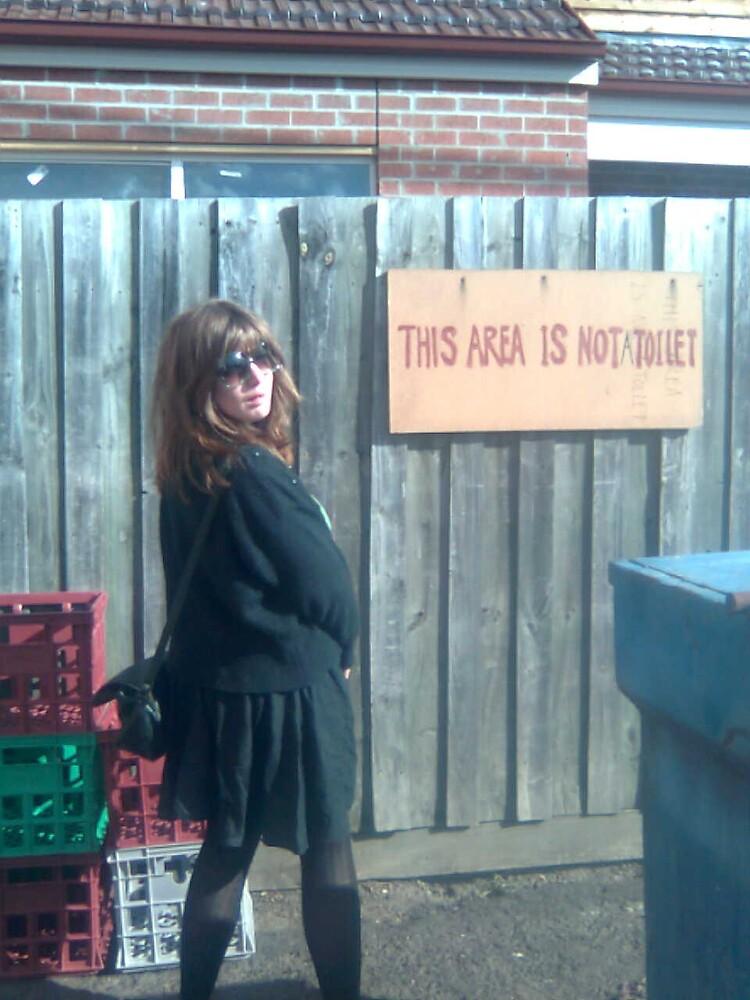 not toilet by gunstreetgirl