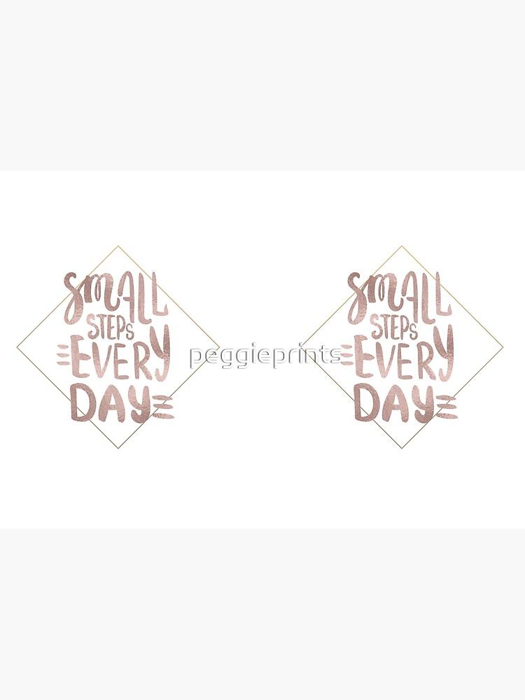 Kleine Schritte - Roségold-Zitat von peggieprints
