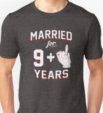 Funny 10th Wedding Anniversary Couples Ring Finger T-Shirt