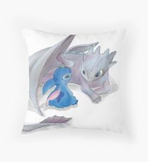 toothless and stich Throw Pillow