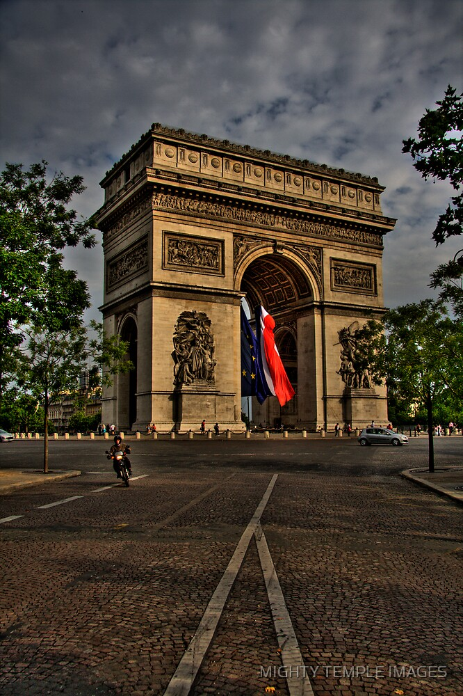 A day in Paris by MIGHTY TEMPLE IMAGES