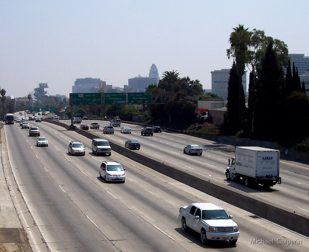 101 Freeway at noon by Michael  Galperin