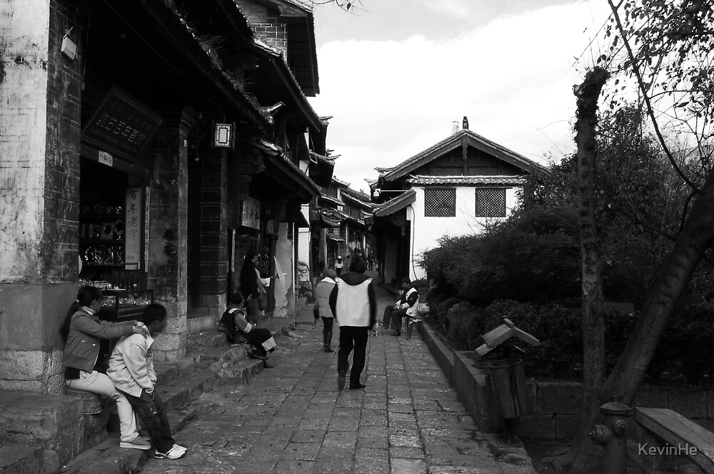 Black and White Street in LIJIANG 3 by KevinHe