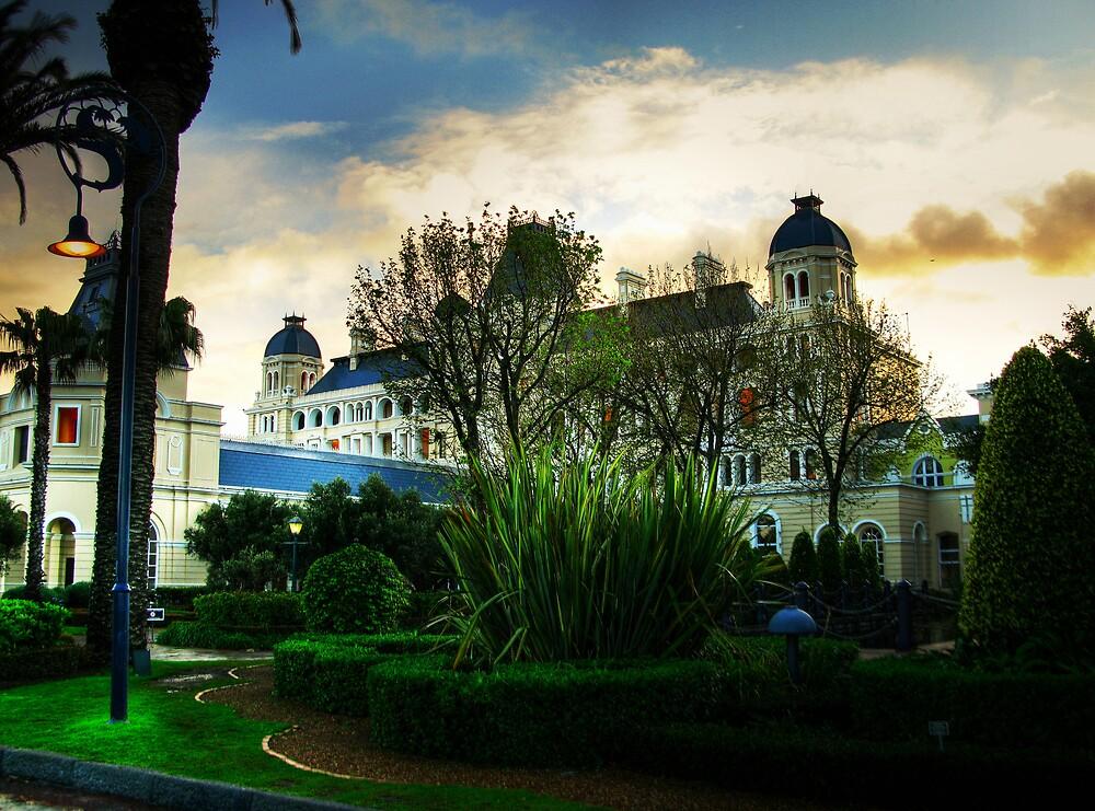 Grand Western Hotel by Gideon van Zyl