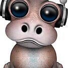 Nettes Baby-Flusspferd DJ, das Kopfhörer auf Rosa trägt von jeff bartels