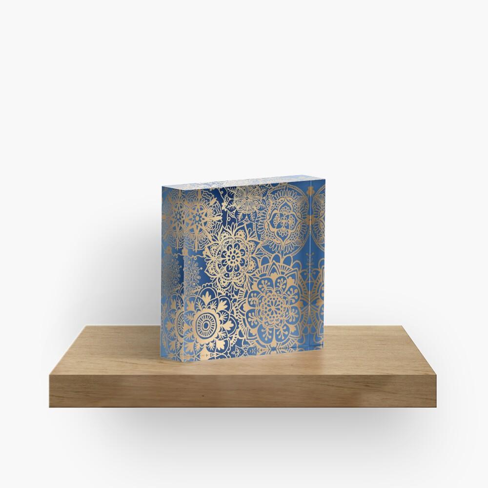 Blau und Goldmandala-Muster Acrylblock