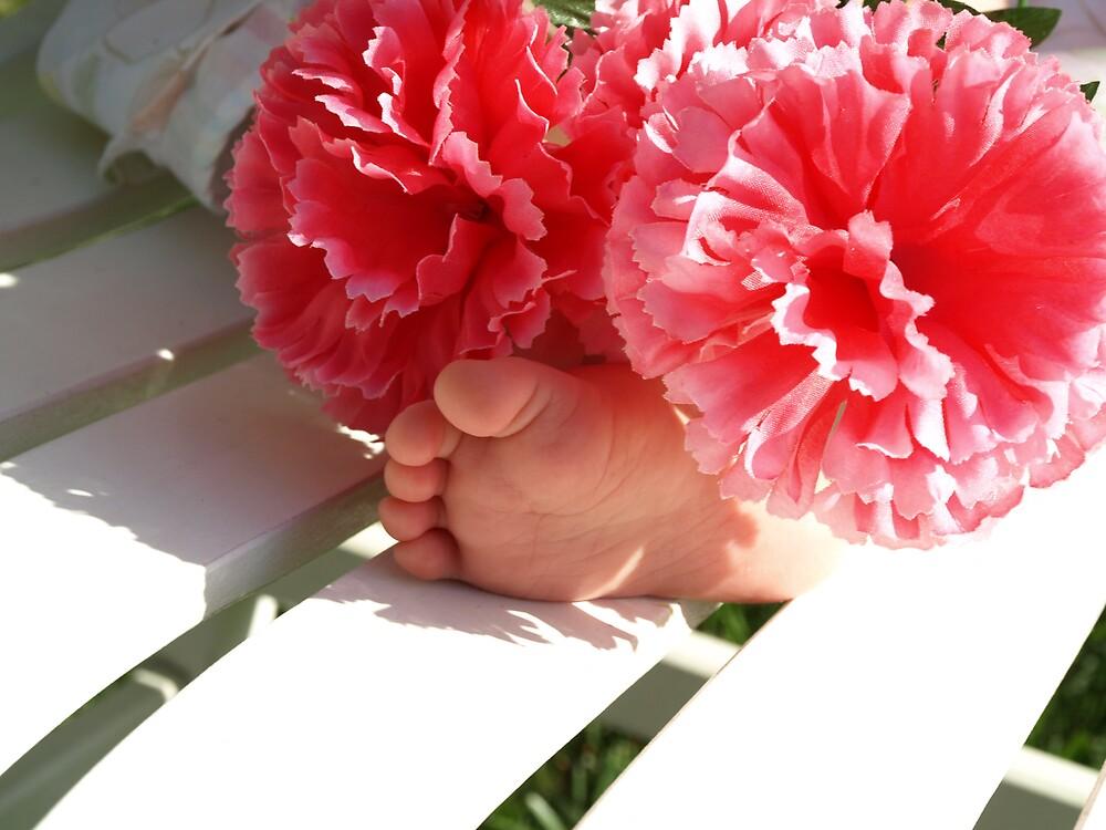 Precious Baby Feet by dawnlopez331